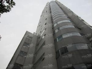 鼓楼广场地铁站 联通大厦旁 有车位 电梯口房型正 随时看
