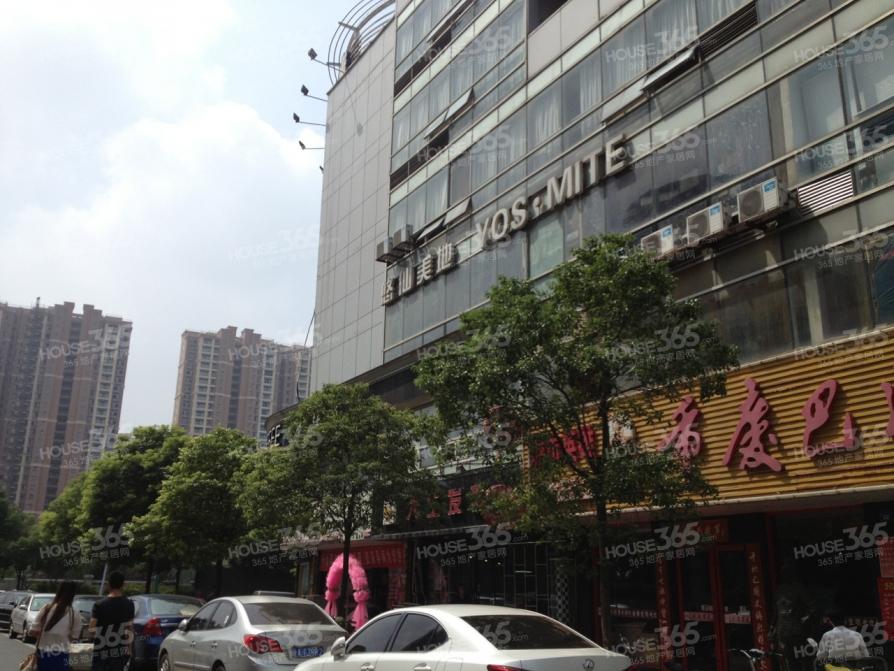 金宁广场40平米精装2011年建