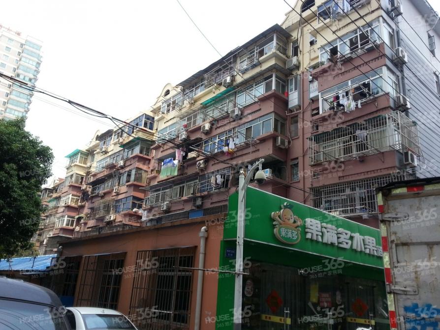 水西门大街小区2室1厅1卫55平方产权房精装