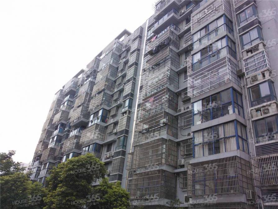 太湖明珠苑3室2厅1卫130平米整租中装