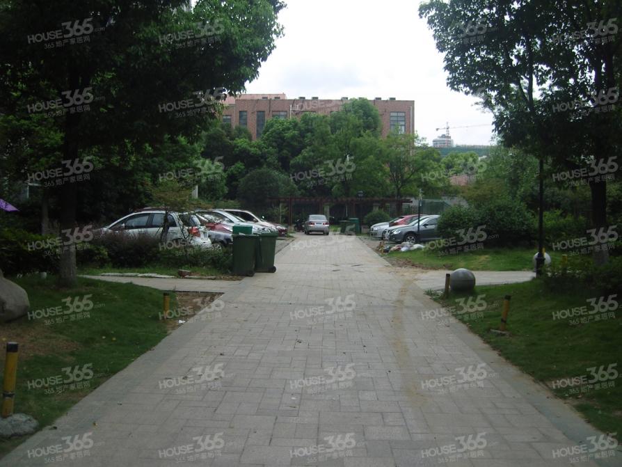 世纪阳光花园兰阳苑 精装两房 价格低 看房方便 地铁口 市政供暖
