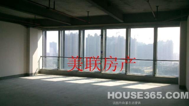 全钢结构框架低公摊,全玻璃幕墙户户落地玻璃大窗户